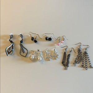 Jewelry - Dangling Earring Lot